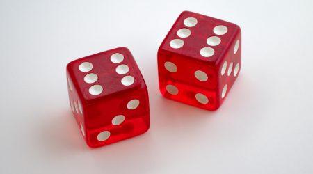 foto van dobbelstenen bij artikel over risicoaansprakelijkheid