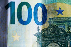 foto 100 euro biljet bij artikel over smartengeld en letselschade