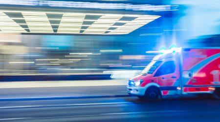 foto ambulance met spoed