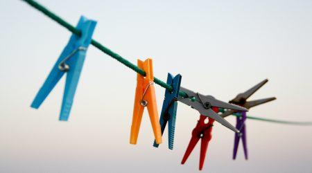 foto van wasknijpers bij artikel over huishoudelijke hulp bij letselschade