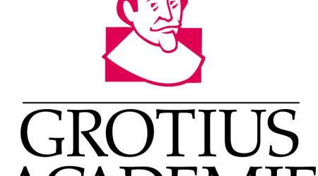 Logo Grotius Academie bij bericht dat letselschade advocaat peter van huizen is geslaagd voor grotius examen